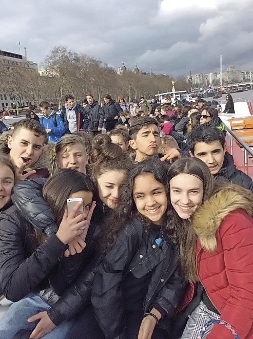 Les élèves du Collège Jeanne d'Arc en voyage