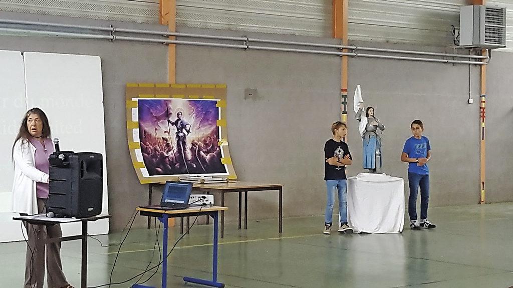 Pastorale Célébration de rentrée Collège Jeanne d'Arc Pont de Beauvoisin