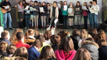 Crèche de Noël vivante au Collège Jeanne d'Arc